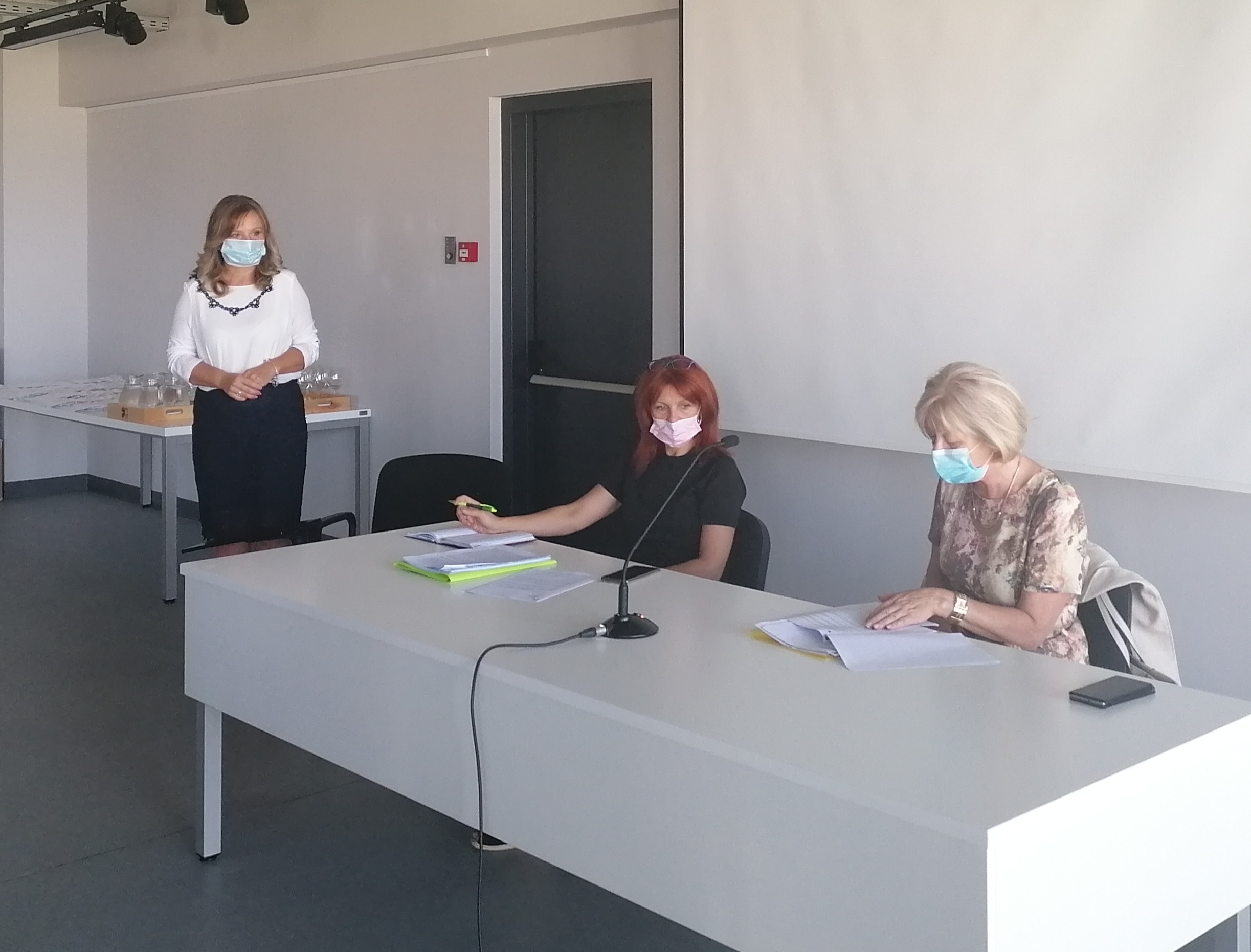 Karlovačka županija osigurala 16 000 maski za sve učenike i djelatnike u školskom sustavu kojima je osnivač